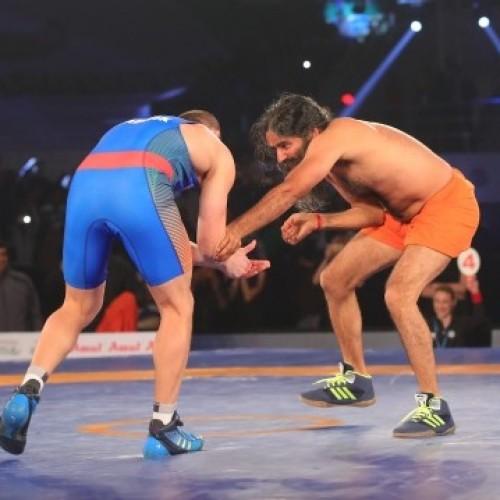 Baba Ramdev pummels Olympic silver medallist Andrey Stadnik in wrestling match