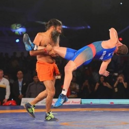 Baba Radmev shows Olympic wrestling champ how it's done!